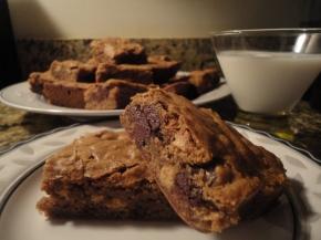Chocolate Peanut ButterBlondies!