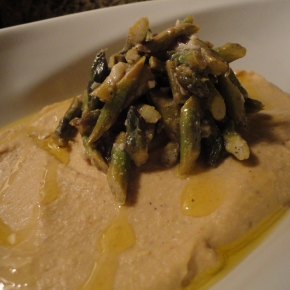 Hummus with an Asparagus Salad (vegan & gluten free)